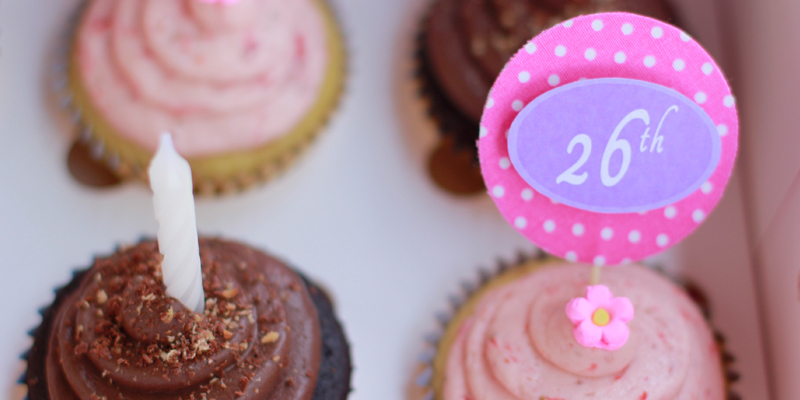Download Gambar Kue Ulang Tahun yang Serba Pink